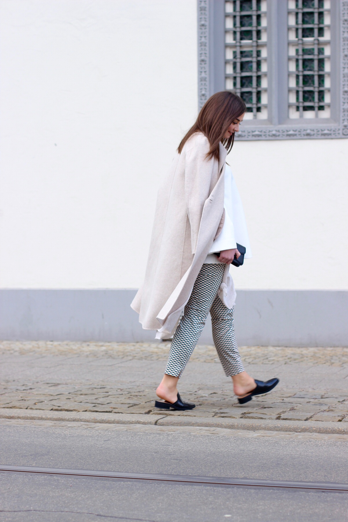 Proenza Shouler_beige coat_Slipper_10