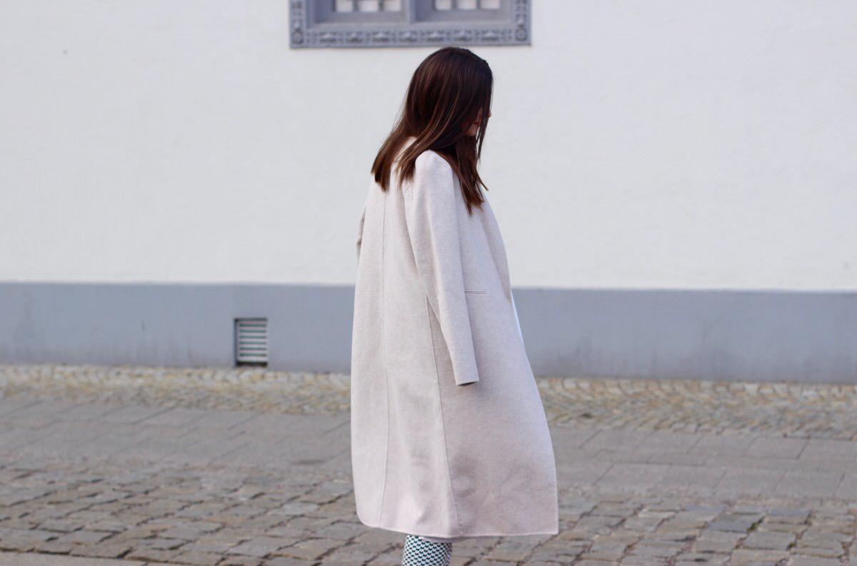 Proenza Shouler_beige coat_Slipper_3