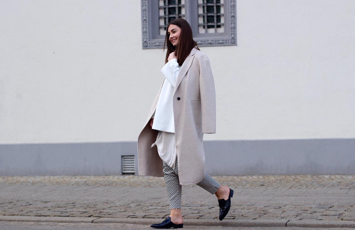 Proenza Shouler_beige coat_Slipper_4