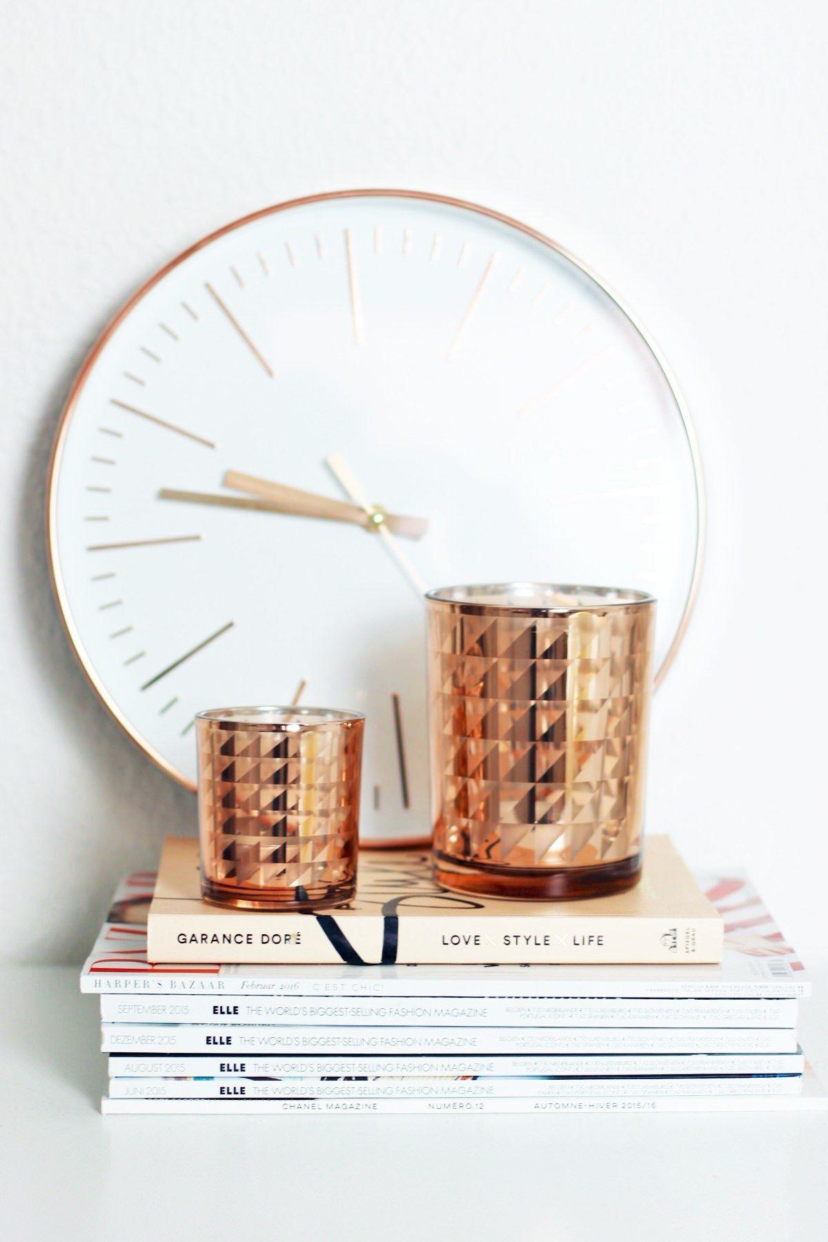 Blogger Arbeitsplatz, Schreibtisch, workplace, IKEA, Eames Style Stuhl, iMac, Apple, Uhr rosegold