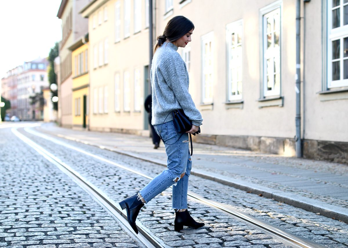 5973b073995f8 Outfit: Levi's 501 CT, Strickpullover & Acne Studios Ankle Boots ...