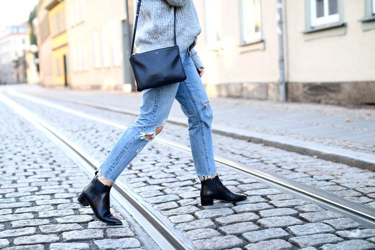 H&M Strickpullover Mohair, Acne Studios Ankle Boots Jensen, Celine Trio Bag, Levi`s 501 CT, Pandora
