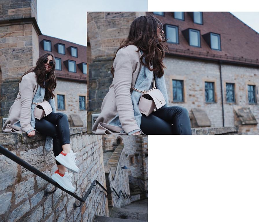 Blogger, Streetstyle, Fashion, Mode, Alexander McQueen, Sneaker, Dior, Diorama, Tasche, Ray Ban, Mantel beige, Lederhose